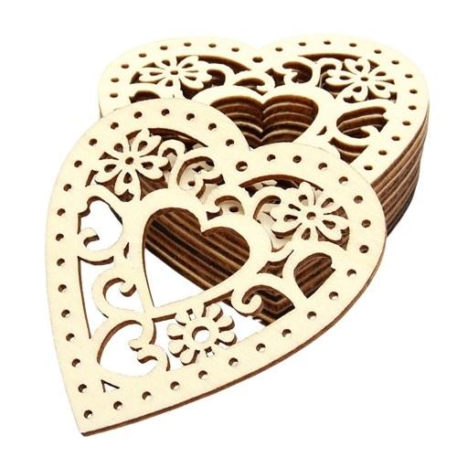 10pcs fatias de madeira em forma de coração com furos de madeira artesanato acessórios para decoração de casa