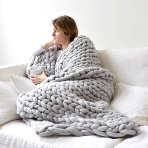 Chunky Knitted Handmade Thick Blanket Hand Yarn Bulky Knit Throw Sofa Blanket for Bedroom Living Room
