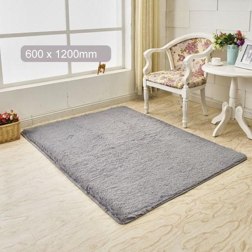 超柔らかいふわふわの長方形の形のカーペット