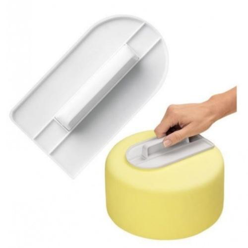 1PCS Fondant Cake Screeding Unit Пластиковый крем, украшающий гладкие лепешки для полировки Скребок для крема DIY Инструменты для выпечки с ручкой