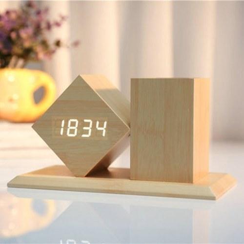 Светодиодный будильник, оборудованный чехлом для переноски для цифровых фотоаппаратов