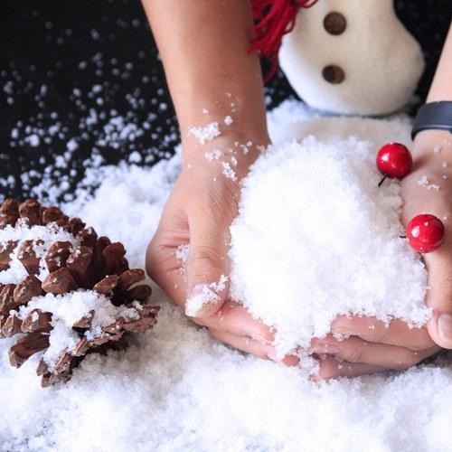 Albero di Natale in polvere di neve