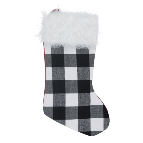 Medias de Navidad colgantes de cuadros escoceses de Navidad