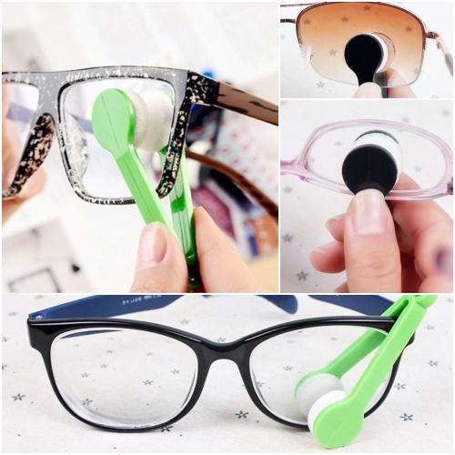 12 Mini Multi-functional Microfiber Glasses Eyeglasses Brush Cleaner Cleaning Clip (Random Color)