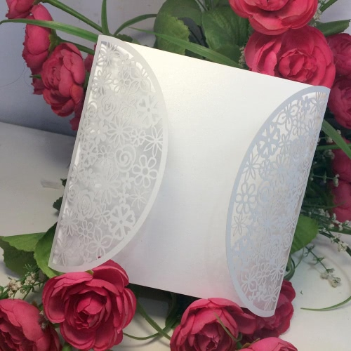 Tomtop coupon: 10Pcs Romantic White Wedding Party Invitation Card Delicate Carved Flowers