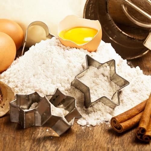17pcs Moule en Acier Inoxydable pour Gâteau Fondant Cookie Biscuit Bonbons Mold Cutters Coeur Etoile DIY Outils de Décoration Kit de Cuisson