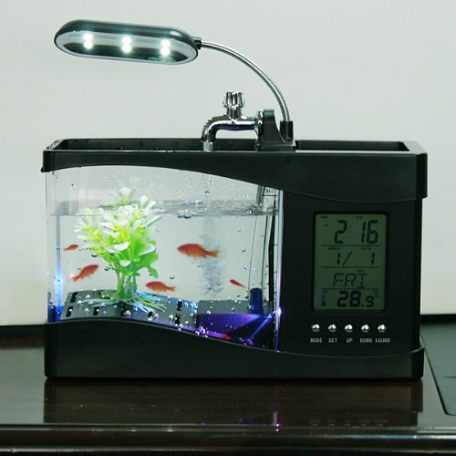 Tanque de peces de escritorio con reloj LED