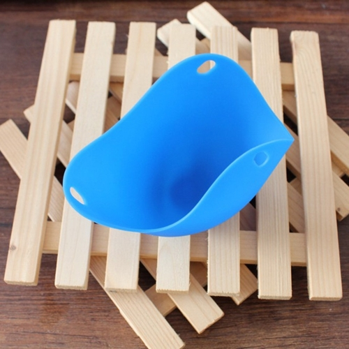 Silicone Egg Poachers Cups Eggs Boiler Poaching Poach Cup Pods Mould Cookware  Kitchen Tool Pancake Baking Cups (Blue)