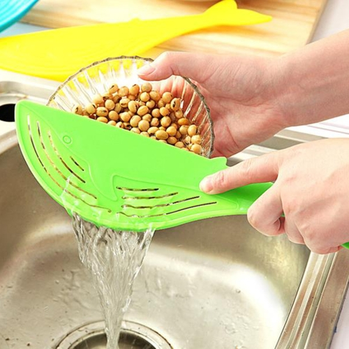 Kitchenware Whale-shaped Rice Colander Strainer Fruit Vegetable Washes Handle-type Water Filter Kitchen Tool