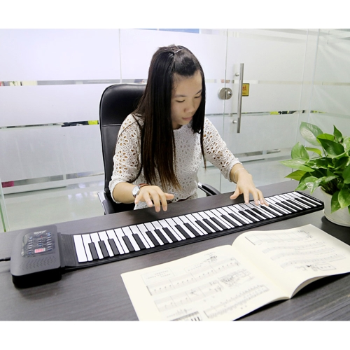 Portable 61 Keys Silicone Flexible Roll Up Piano Foldable Keyboard Hand-rolling Piano with Battery USB Cable (US plug)
