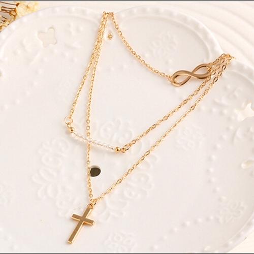 Mode Temperament Mehrschicht Perlen Kreuz Anhänger Halskette Legierung Schlüsselbein Kette Frauen Schmuck
