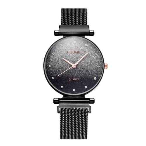 Relógio de pulso fêmea do céu estrelado