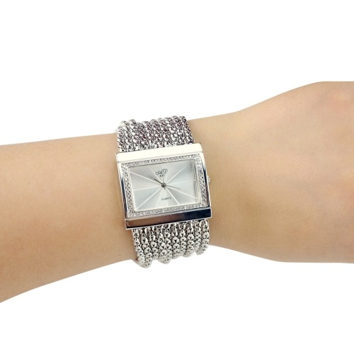 Mode féminine cadran carré montre à quartz de diamant Montre-bracelet analogique exquise luxe alliage cas bande