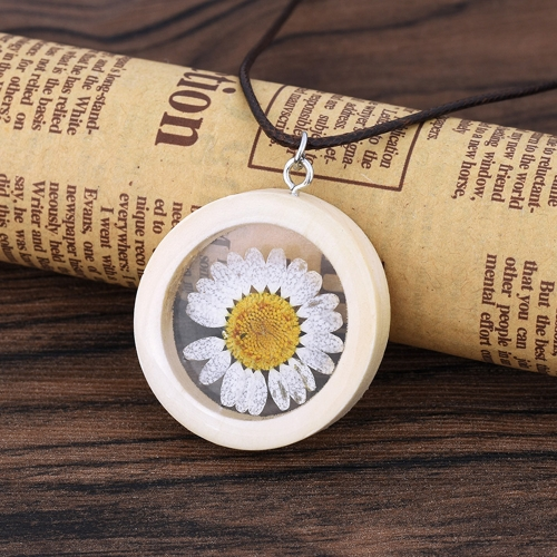 Natural Dried Daisy Flower Necklace Handmade Round Wood Pendant Necklace for Women Jewelry