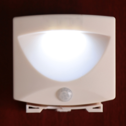 Lixada LED Wireless Human PIR Motion Sensor Light 2 Bulbs 0.5W Bed Pathway Desk Cabinet Lamp Battery Operated Indoor Use White