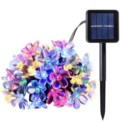Цветочные гирлянды на солнечных батареях 7 м / 22,97 фута 50 шт. Цветущая вишня Цветные светодиоды Fairy Light