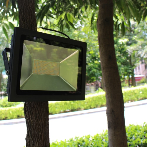 15W 28 LEDs 1100-1300LM SMD2835 AC180-240V Ultrathin Floodlight Spotlight Water-resistant Garden Landscape Parking Lot Shopping Mall Building Billboard Lighting Use