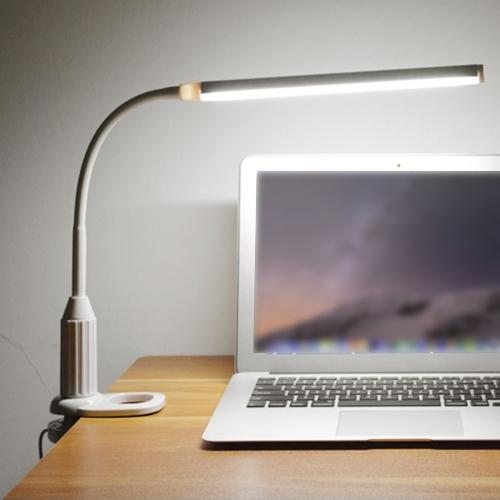 5W 24 светодиодов Питание от сети USB для защиты глаз Зажим для зажимов Настольная лампа