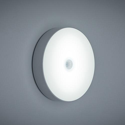 モーションセンサーLEDナイトライトUSB充電式人体誘導ラウンドナイトランプ