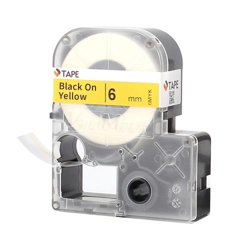 VariMark自己粘着ラベルテープ自己ラミネートラベル交換用ラベルメーカー黒地に黄色0.24インチ(6mm)x27.9フィート(8.5m)防水、耐油性