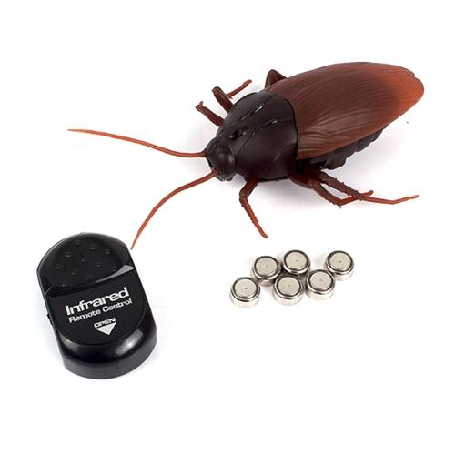 Funny Trick Toy Controle remoto infravermelho Barata / formigas / aranhas simula presente de Halloween para crianças Menino Adulto