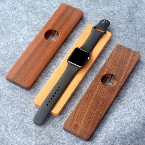 木製の充電スタンドホルダー  Apple Watch iWatch 38mm 42mm用 エディション ブラック ウォールナットウッドエコ製 スタイリッシュ 丈夫 ポータブル 軽量【並行輸入品】