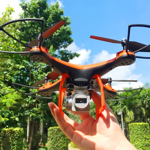 L10 2.4G 4CH 0.3MP Câmera Wifi FPV Quadcopter 6-Axis Gyro 3D Flip Altitude Hold Drone RTF
