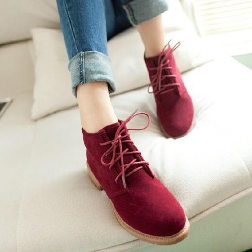 Novas mulheres Vintage tornozelo botas Lace até calcanhar liso rebanho sapatos Borgonha