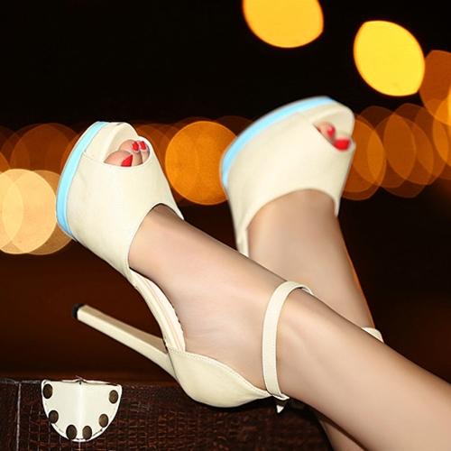 Moda mujeres tacones tobillo correa Peep Toe plataforma única zapatos Stilettos bombas Beige