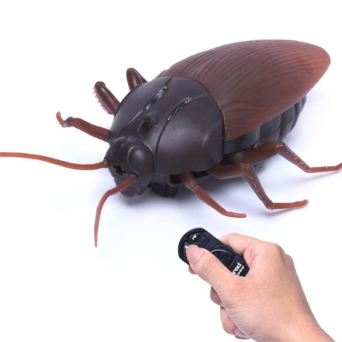 Funny Simulation Infrared RC Remote Control Scary Creepy Insect Cockroach Toys Gift For Children