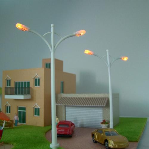 Model Street Lights (Double Heads) 1:100