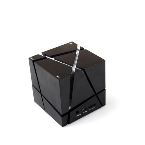 Мини-уникальный дизайн Rubik's Cube Shape Speaker