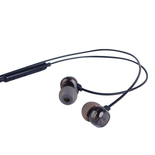 T200 3.5mm en la oreja