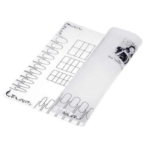アートマニキュアシリコーンマット折り畳み式洗えるソフト、表カバーパッドがリバーススタンプマットネイル実践ワークスペースデザインプレートをスタンピングするための釘