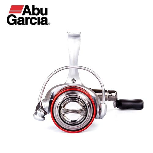 Reel di pesca con filettatura in carbonio con rotella IM-C6 e ruota a spillo in acciaio inossidabile da 5,8: 1 di Abu Garcia Orra 2S10 S20 S30 S40 6 + 1BB