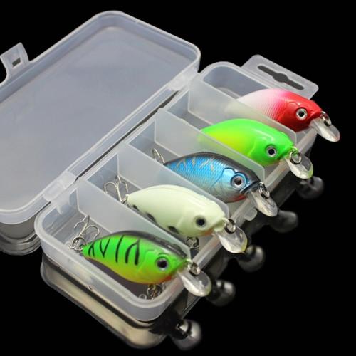 5pcs señuelos de pesca cebos duros Crank cebos Crankbaits en la caja de almacenaje