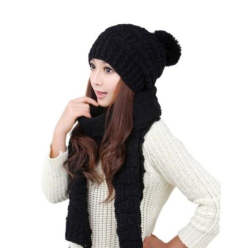 Pullover Schal und Mütze Set