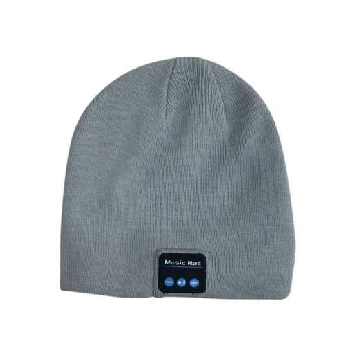 Зимняя вязаная шапка фото