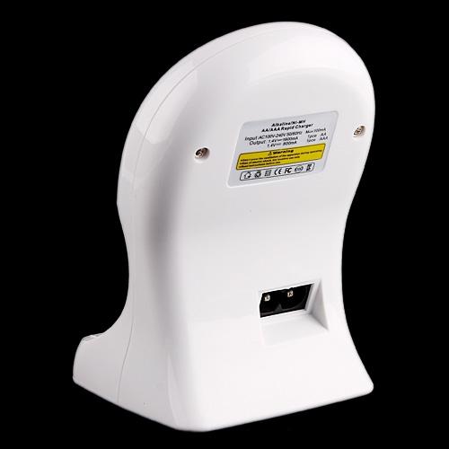 Alkaline Ni-MH AA/AAA Battery Rapid Travel Charger US 4-Sockets