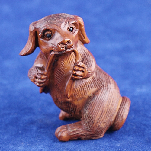 boxwood netsuke dog