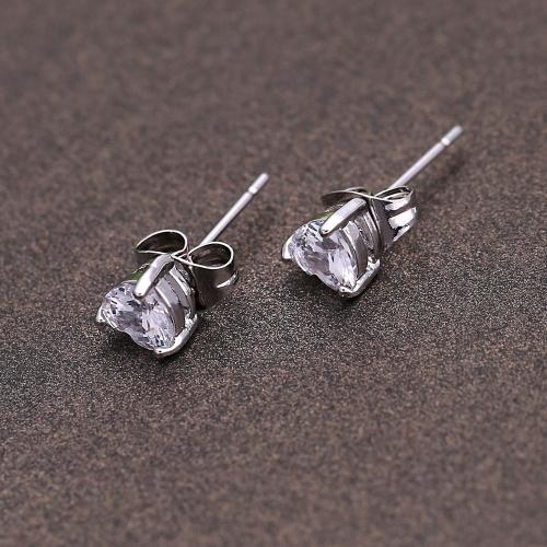 1pair circón de cristal claro 18K platino plateado amor corazón oído Stud pendiente joyas regalo para mujer dama