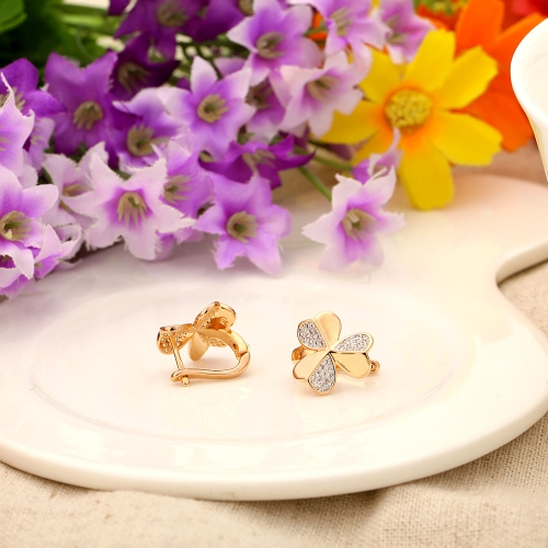 Copper Alloy 18K Rose Gold Plated 3-leaf Clover Zircon Stud Earring Jewelry Gift for Women Lady