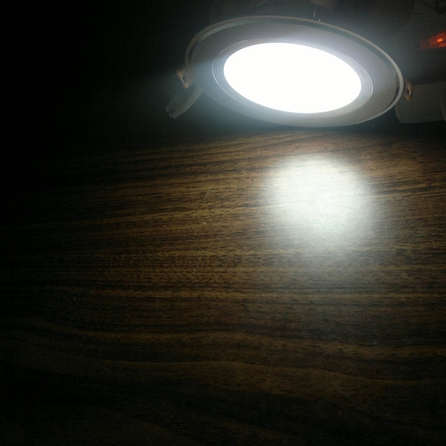 TOMTOP / 7W Round LED Recessed Ceiling Panel Light Down Lamp Ultra Thin Bright for Living Room Bathroom Bedroom Kitchen AC100-240V