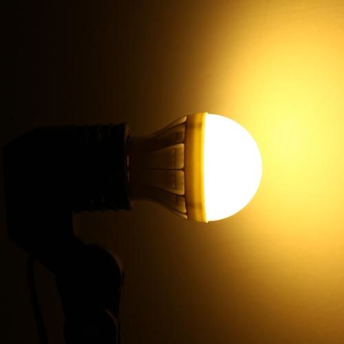 E27 5W 5630 220V 9 LEDs Bulb Lamp Light Super Bright Energy Saving 180 Degree