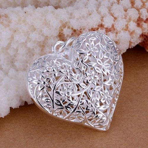 Silver-Plated Elegant Fine Party Jewelry Fashion Hollow Heart Flower Pendant Necklace for Women Girl Nice Gift